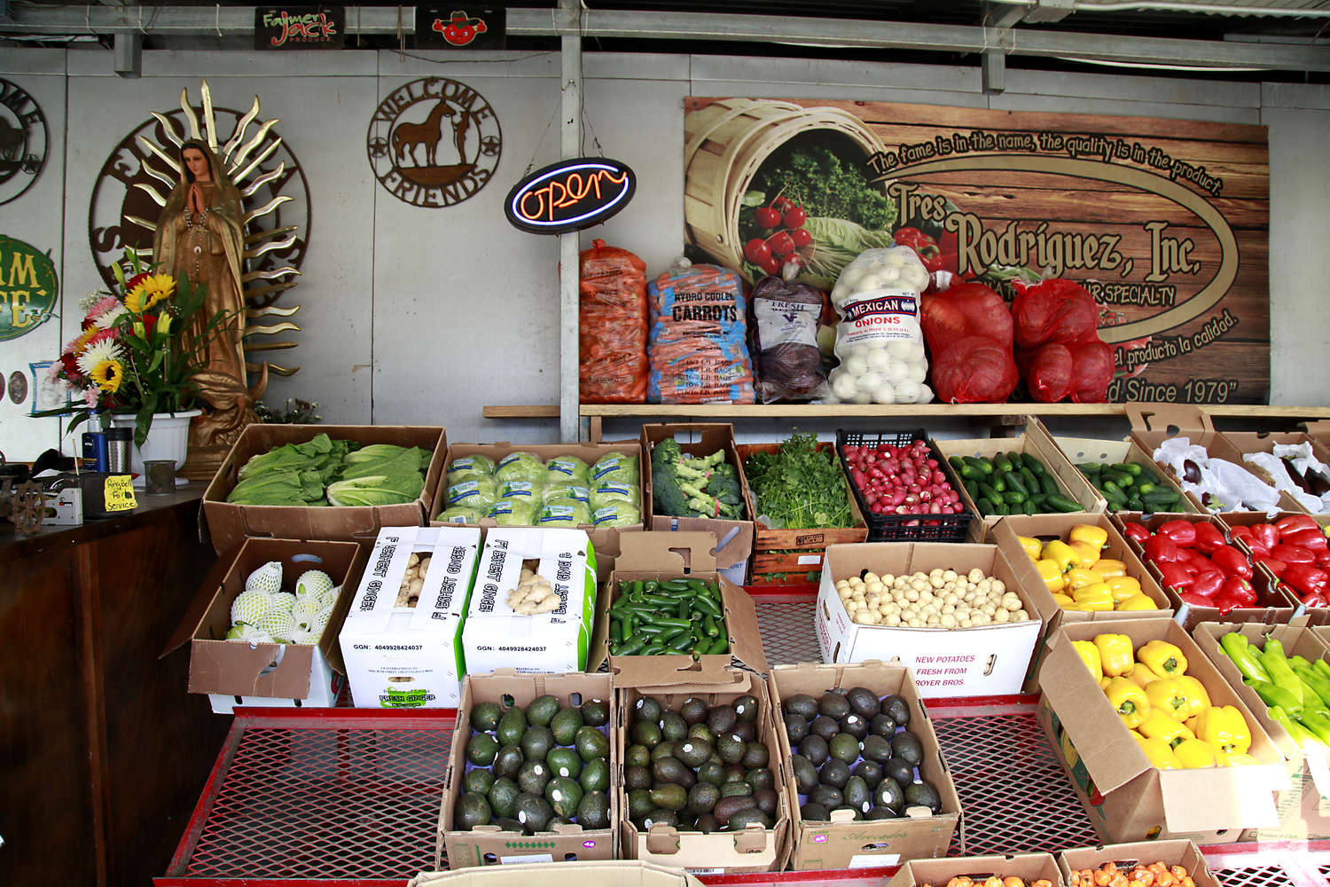 Tampa Bay farmers markets are lacking in just one thing ...